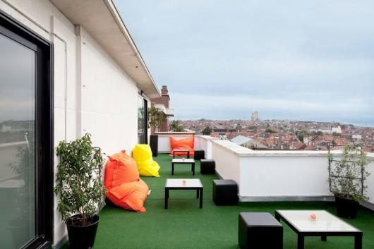 pantone hotel balkon terasa