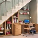 Kreativno uredite prazan prostor ispod stepenica