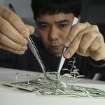 Japanski umjetnik pravi nevjerovatne figure od starog papira