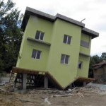 Sagradili kuću s obrnutim krovom