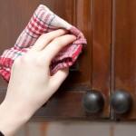 Kako očistiti kuhinju od masnih mrlja?