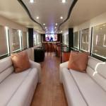 Bogati i slavni putuju sa stilom: Pogledajte njihove nevjerovatno uređene autobuse za turneje