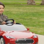 Za male vozače: Mini verzija Teslinog električnog automobila