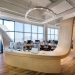 Zanimljiv radni prostor: Sto koji povezuje zaposlene