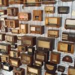 Nesvakidašnja izložba: Banjalučanin pokazao kolekciju od 500 antikvitetnih radio aparata