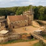 Grade srednjovjekovni zamak bez upotrebe moderne tehnologije