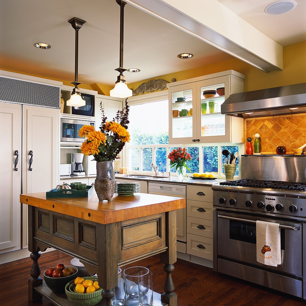 colorful-country-kitchen-design