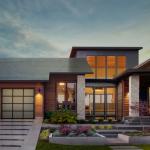 Kompanija Tesla predstavila nove solarne krovove