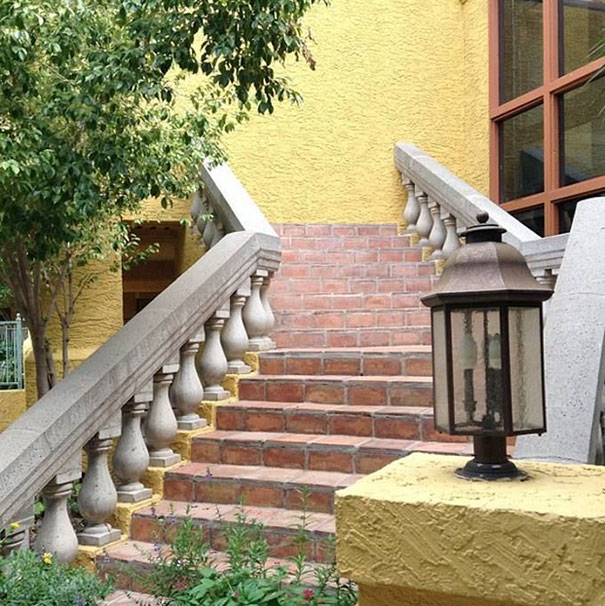 funny-architect-construction-fails-you-had-one-job-53-5822ea05daf7f__605