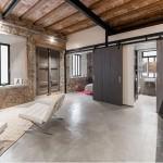 Stara stolarska radionica pretvorena u moderan stan