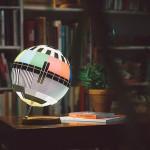 Nostalgična lampa inspirisana testnim TV slikama