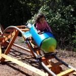 Jedan djed je za unuke napravio najzabavnije dvorište ikad