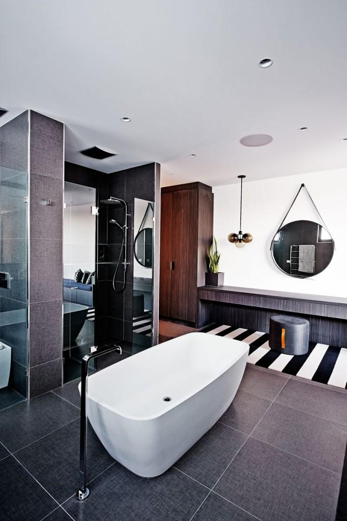velike-plocice-u-kupatilu-12