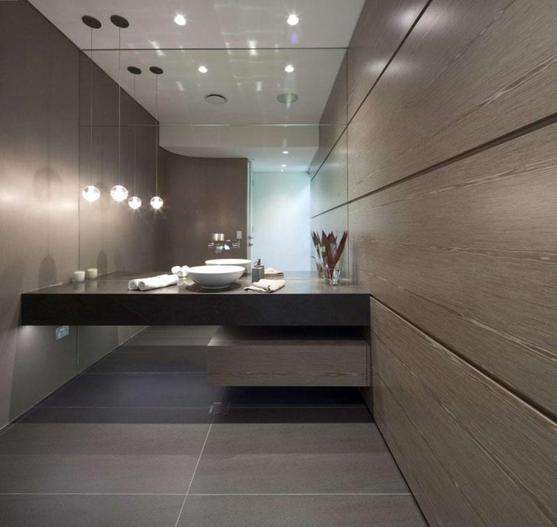 velike-plocice-u-kupatilu-14