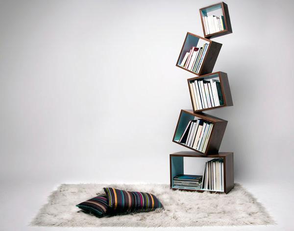 kockaste police za knjige
