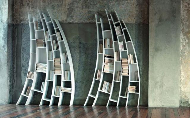 neobicna polica za knjige