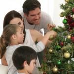 Ukrašavanje jelke za Novu godinu – ideje i savjeti za kićenje