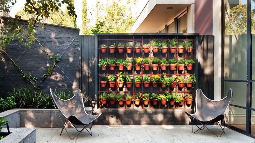 vertikalni vrtovi u dvoristu
