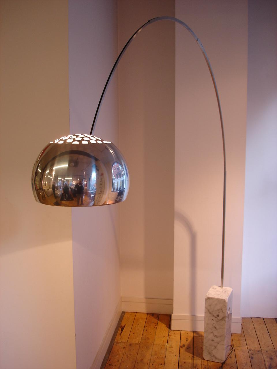 arco lampa perfect lighting modern lighting outdoor. Black Bedroom Furniture Sets. Home Design Ideas