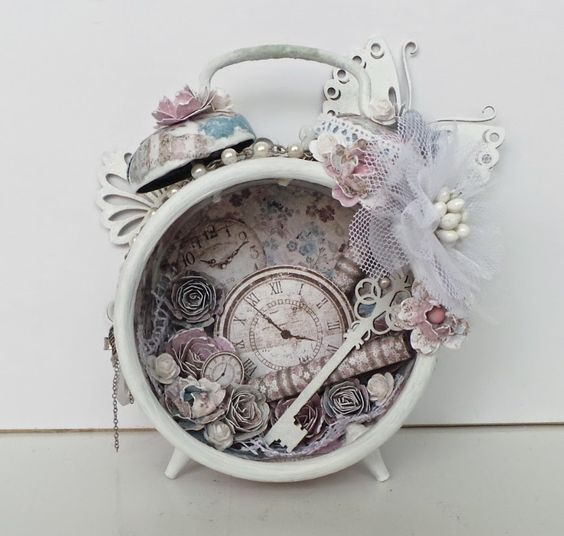 dekorativni sat