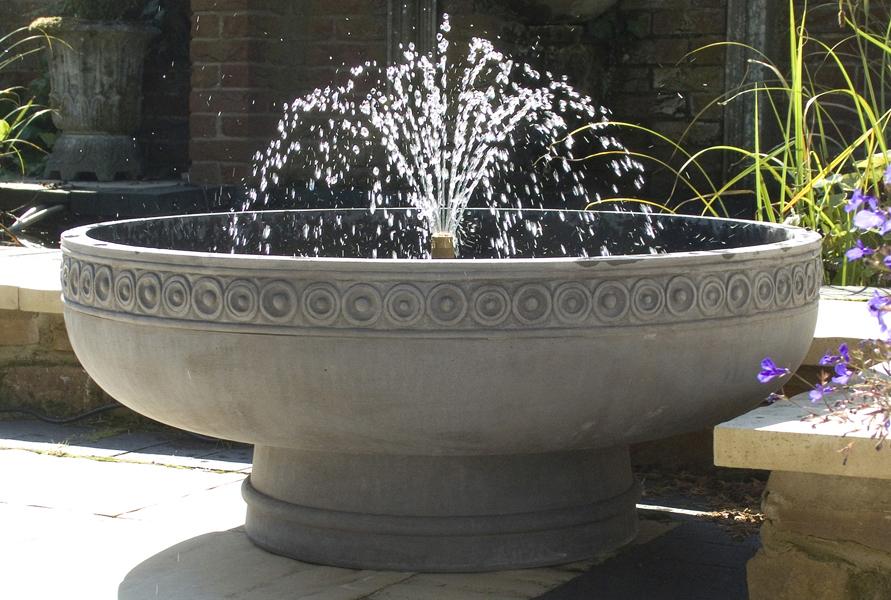 najljepse dvorisne fontane