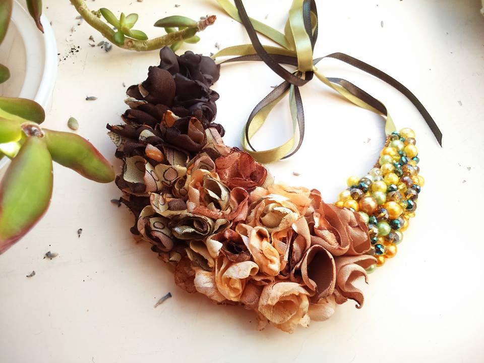 Ručno rađeni nakit Rose Petals