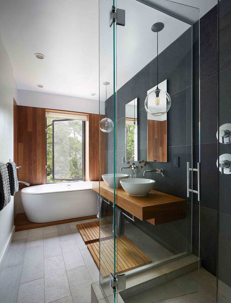 drvo u kupatilu