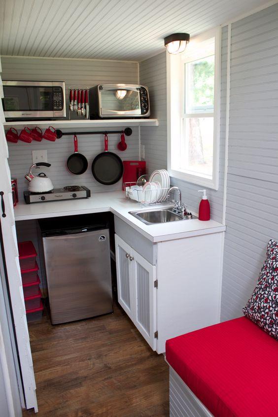 male kuhinje slike