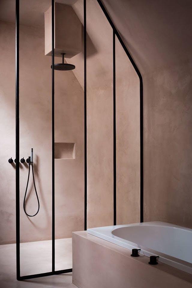 moderno pink kupatilo