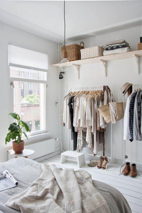 stalak za spavacu sobu