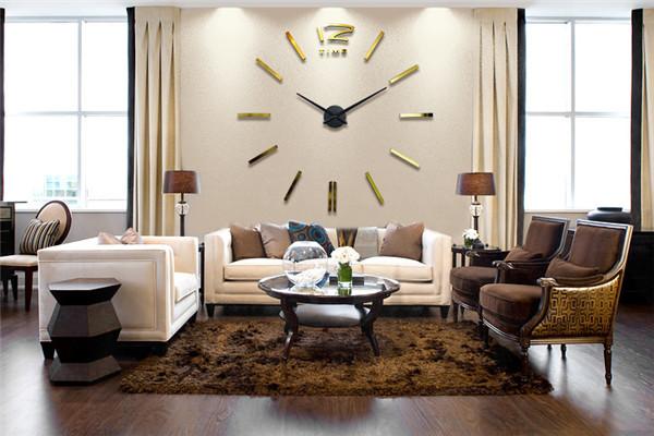 ukrasni satovi za zid