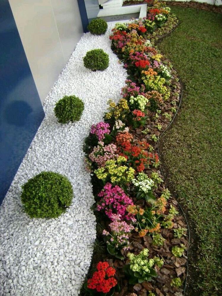 Dekoracija dvorista - Page 14 Cvijece-kamen