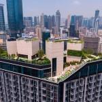 Krovni park na vrhu nebodera za bijeg od gradske vreve