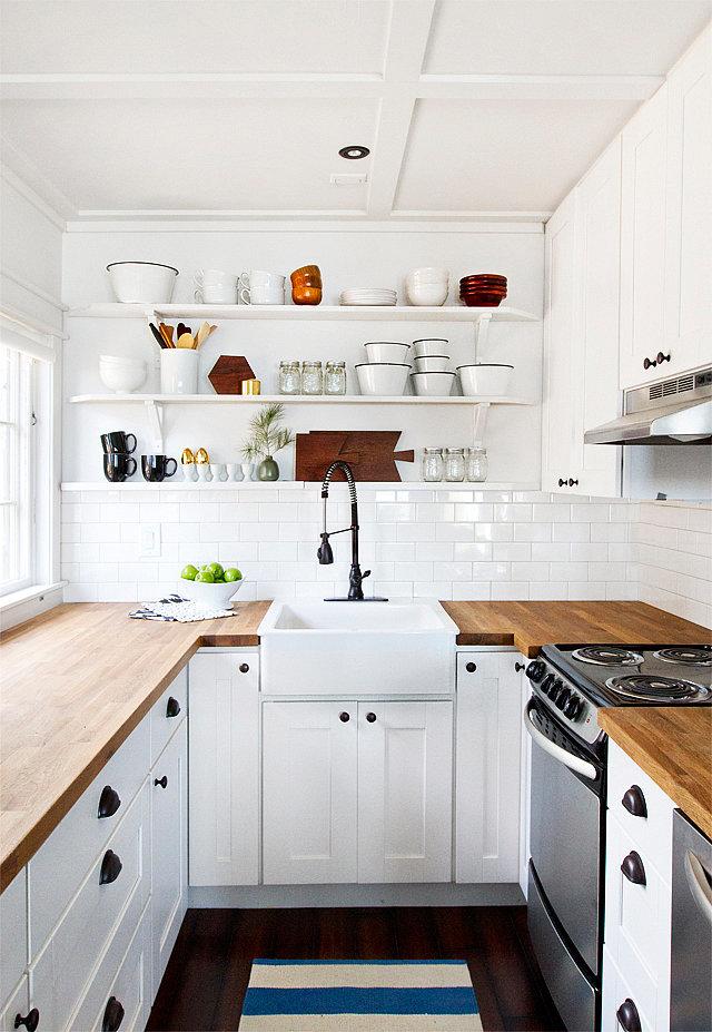 kuhinja sa otvorenim policama 2