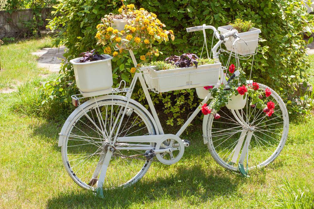 bicikl u dvoristu