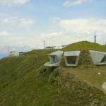 Snimak dronom pokazuje koliko je spektakularan muzej ukopan u Alpe