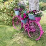 Ideje za uređenje dvorišta: Stari bicikl kao saksija