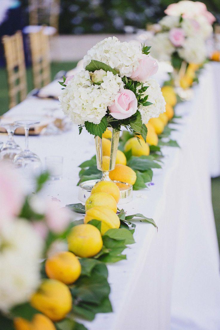 957670ad128b401394e0149429aba36f--lemon-centerpieces-hydrangea-wedding-centerpieces