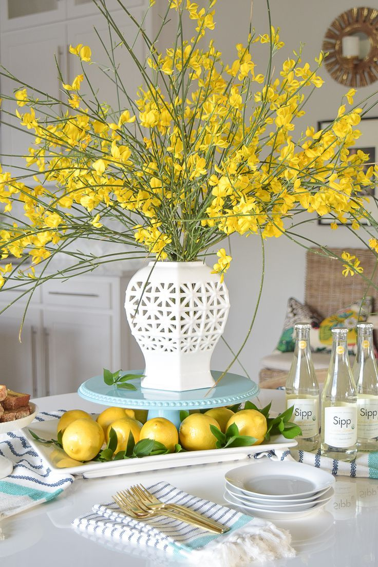 f8cf18fc1d5d6984943f77425a8ea416--lemon-centerpieces-table-centerpieces-spring
