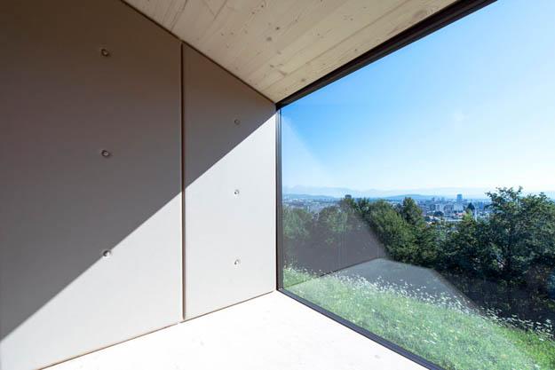 ofis-architects-living-unit-on-ljubljana-castle-slovenia-designboom-9.jpg.pagespeed.ce.fLKoxCLDrm