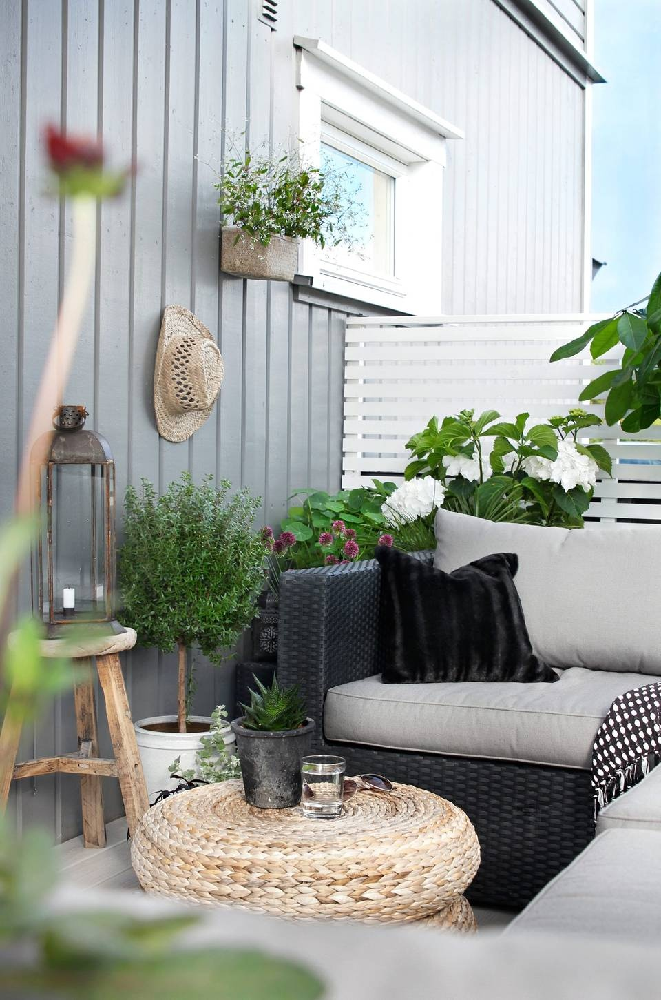 small-balcony-9