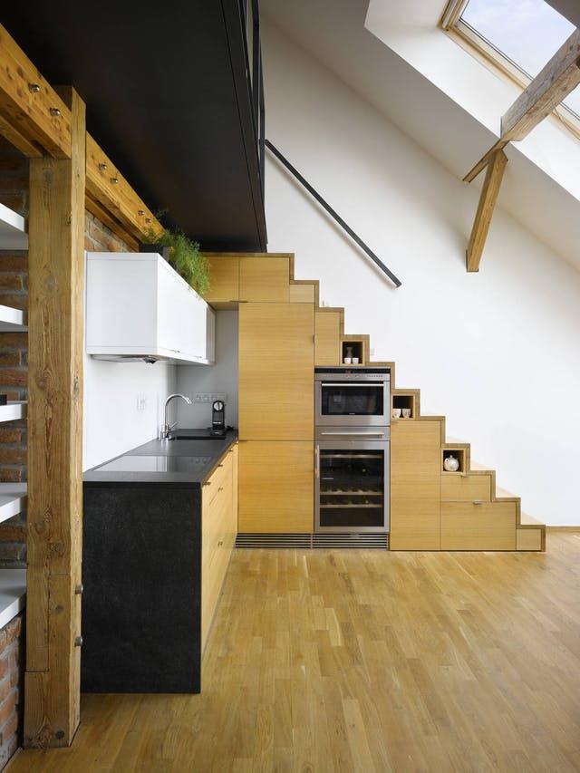 stepenice s ugradnim elementima