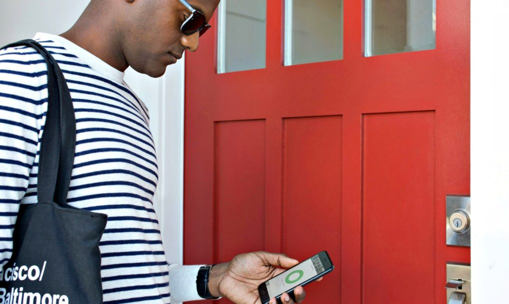 New-August-Smart-Lock-Lets-You-Know-If-Your-House-Is-Locked-10-1020x610