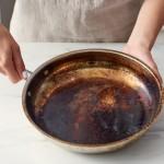 Super trik: Očistite jako zagorjelu šerpu bez puno muke