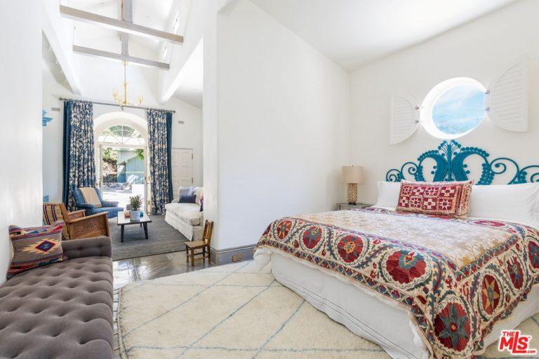 katy-perry-la-bedroom