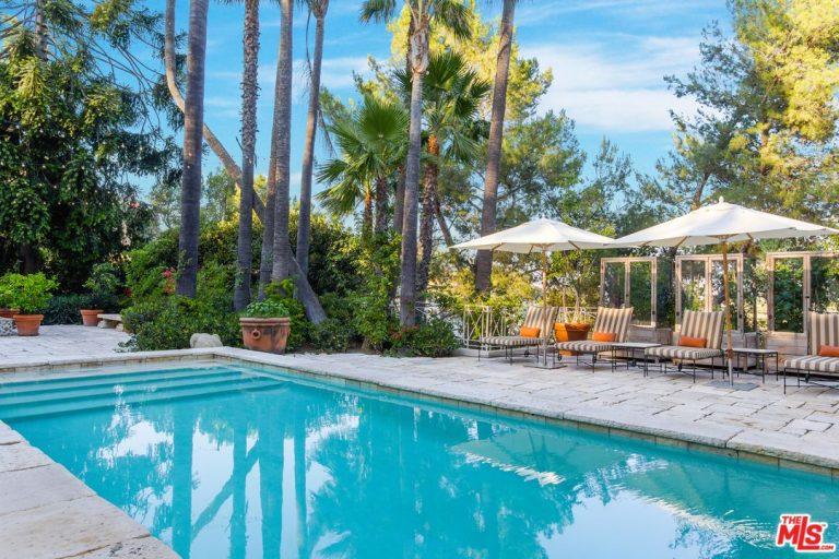 katy-perry-la-pool-and-patio