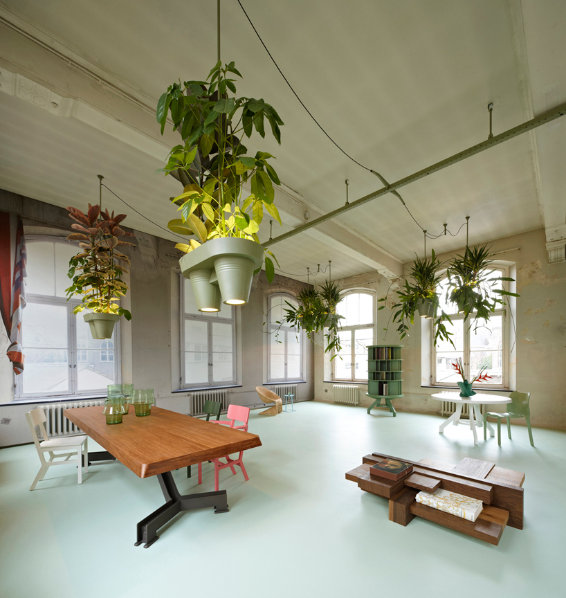 lusteri s biljakama