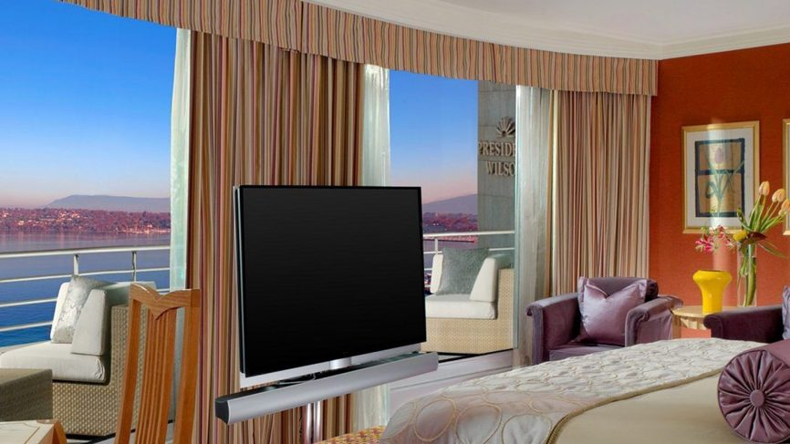 royal-penthouse-suite-hotel-president-wilson-geneva3-866x487