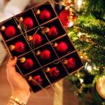 Psiholozi imaju teoriju o ljudima koji žure s novogodišnjim ukrašavanjem doma