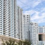 Zašto neboderi u Hong Kongu imaju rupe?